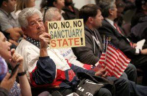 Advierten que medidas antiinmigrantes en Orange acabarán con los republicanos en California