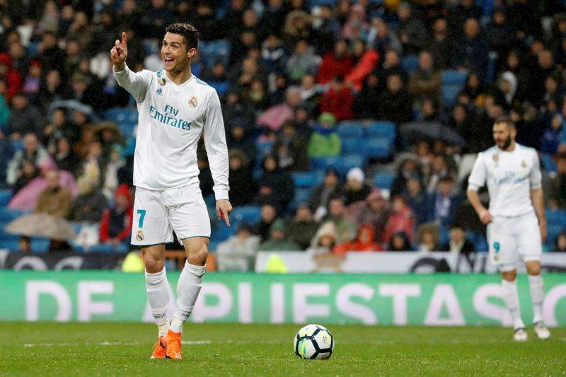 Doblete de Cristiano y Real Madrid retoma confianza previo a la Champions