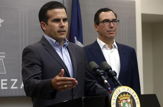 Puertorriqueños estallan contra recortes de beneficios a trabajadores