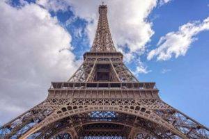 La promesa de aquella noche fría en París