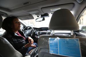 """Mujeres taxistas en NYC denuncian """"tácticas sucias"""" por parte de oficiales de TLC"""