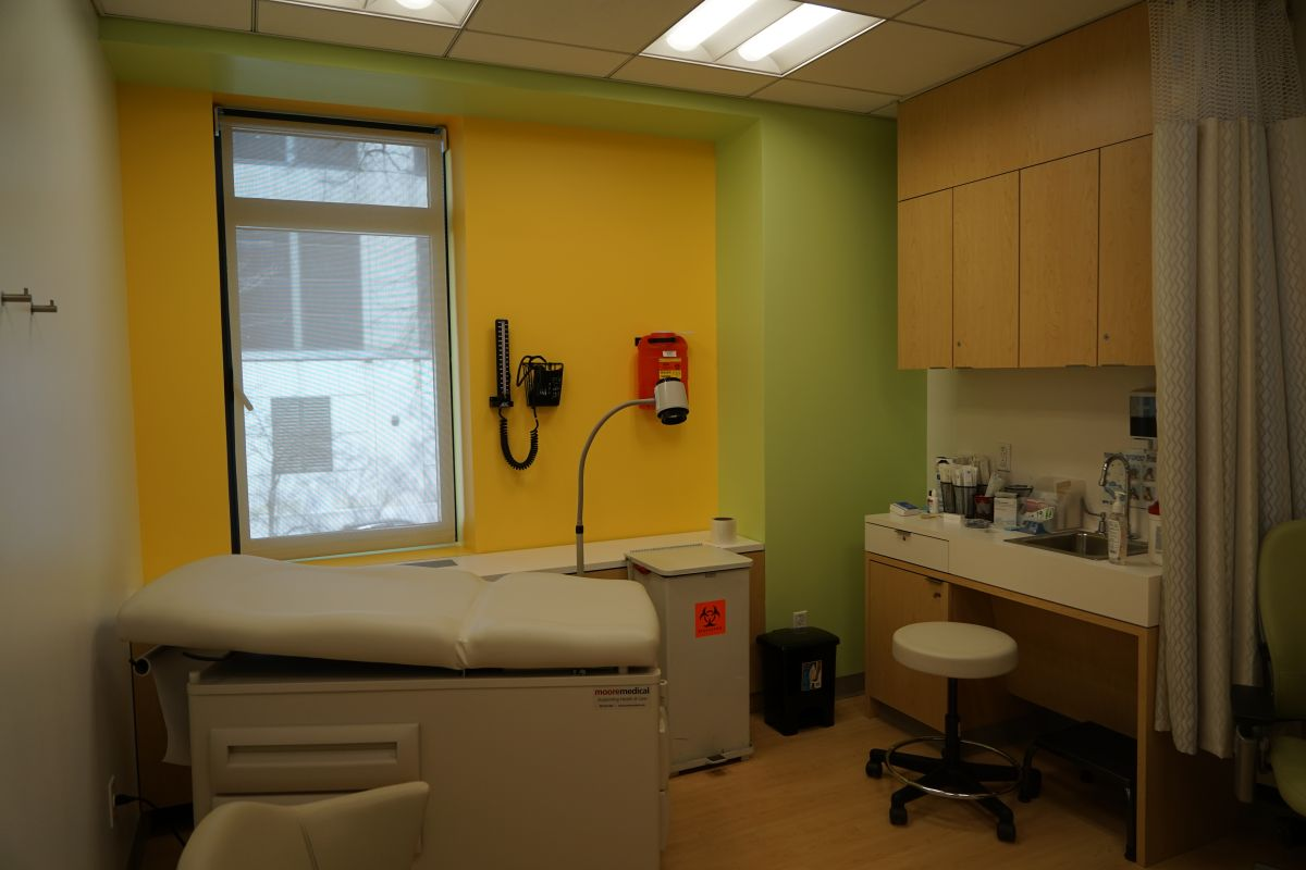 Reabren clínica de salud sexual en Manhattan