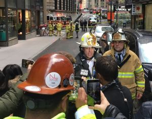 Un herido y edificios evacuados por explosión de alcantarillas en el Bajo Manhattan