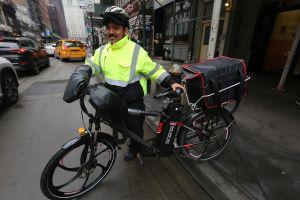 Repartidores no son responsables de multas en bicicletas eléctricas
