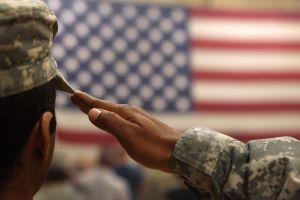 El destino de los militares trans dependerá de Justicia, no de Trump