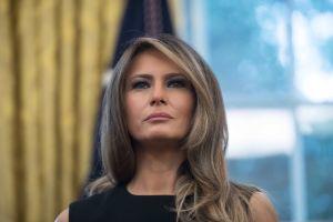 """Crece el escándalo por la """"visa especial"""" que recibió Melania Trump"""