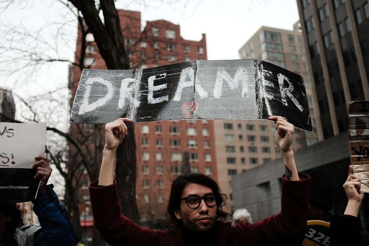 Empresas apoyan a 'dreamers' y critican a Trump por cancelar DACA