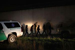 """100 millas de la frontera con Mexico será reforzada con """"nuevas características de seguridad"""""""