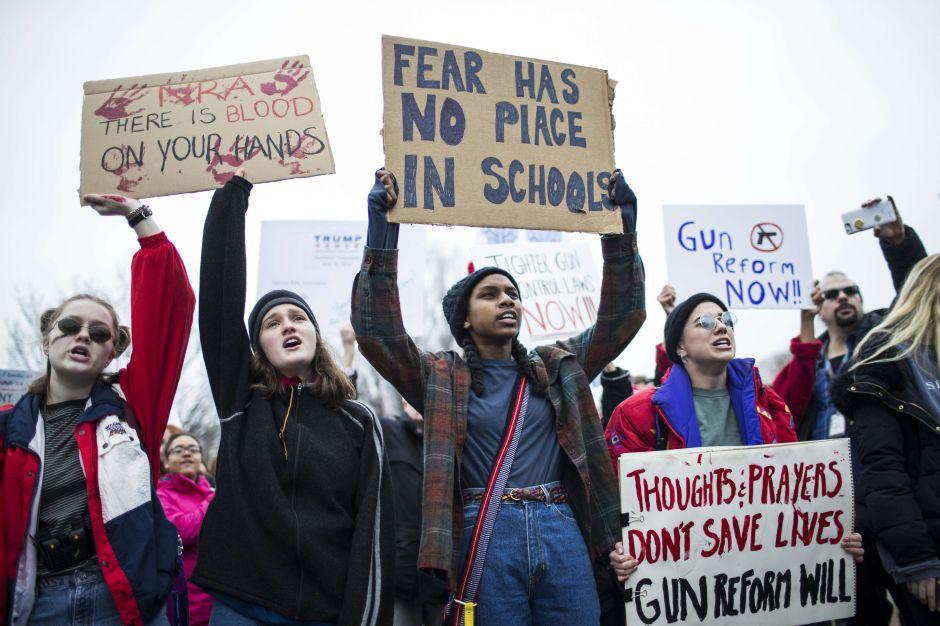 Gobernador de NJ aprobará medidas más duras de control de armas
