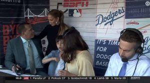 Los Dodgers necesitaban más de un besito de buena suerte de 'J-Lo'