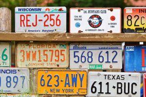 ¿Cuánto cuesta sacar una placa de auto en Estados Unidos?