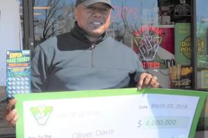 Le juró a su esposa que no jugaría la lotería pero lo descubrió al ganar premio de $4 millones de dólares
