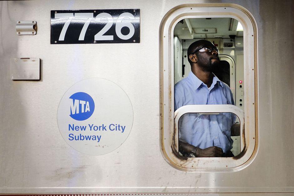 Demoras en el Metro están generando cada vez más ataques contra los empleados
