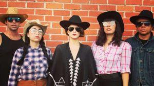 La banda musical The Mexican Standoff usa su talento contra políticas de Trump