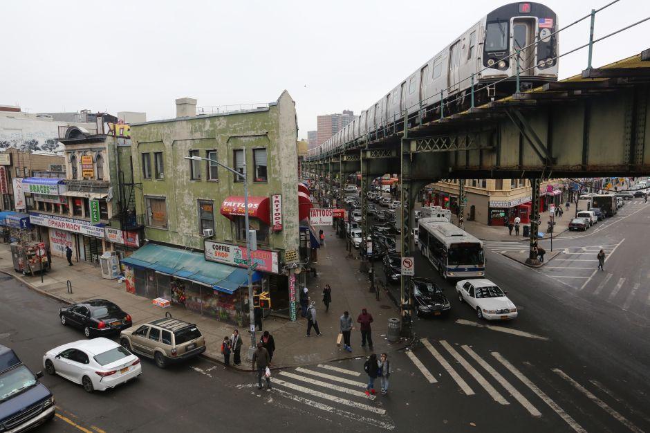 Denuncian que plan de reurbanización del triángulo de Broadway discrimina a latinos