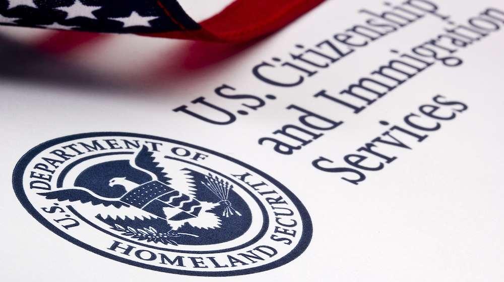 Conoce el rediseño que USCIS hizo del certificado para nuevos ciudadanos