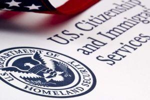 USCIS advierte de riesgo de deportación a estudiantes extranjeros y con visas no inmigrante