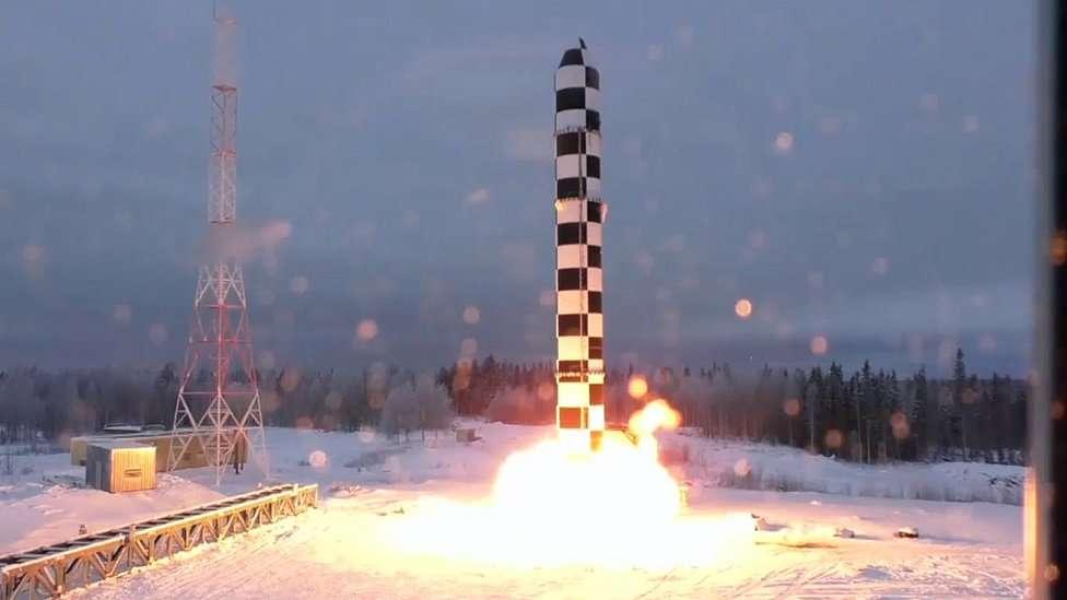 """El Samart o Satán 2 es una de las """"armas invencibles"""" que presentó recientemente el gobierno ruso. EPA"""