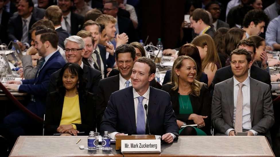 "5 ""secretos"" de Facebook que Mark Zuckerberg reveló ante el Congreso"