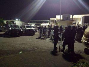 Motín en penal de Amatlán, Veracruz, deja siete policías muertos