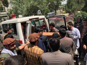 Ataques suicidas en Afganistán dejan casi 40 muertos, entre ellos 11 niños
