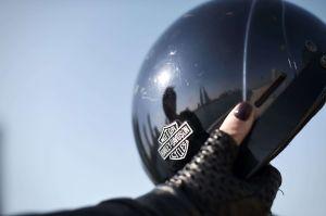 Adolescente hispana murió al chocar su moto contra una grúa en El Bronx