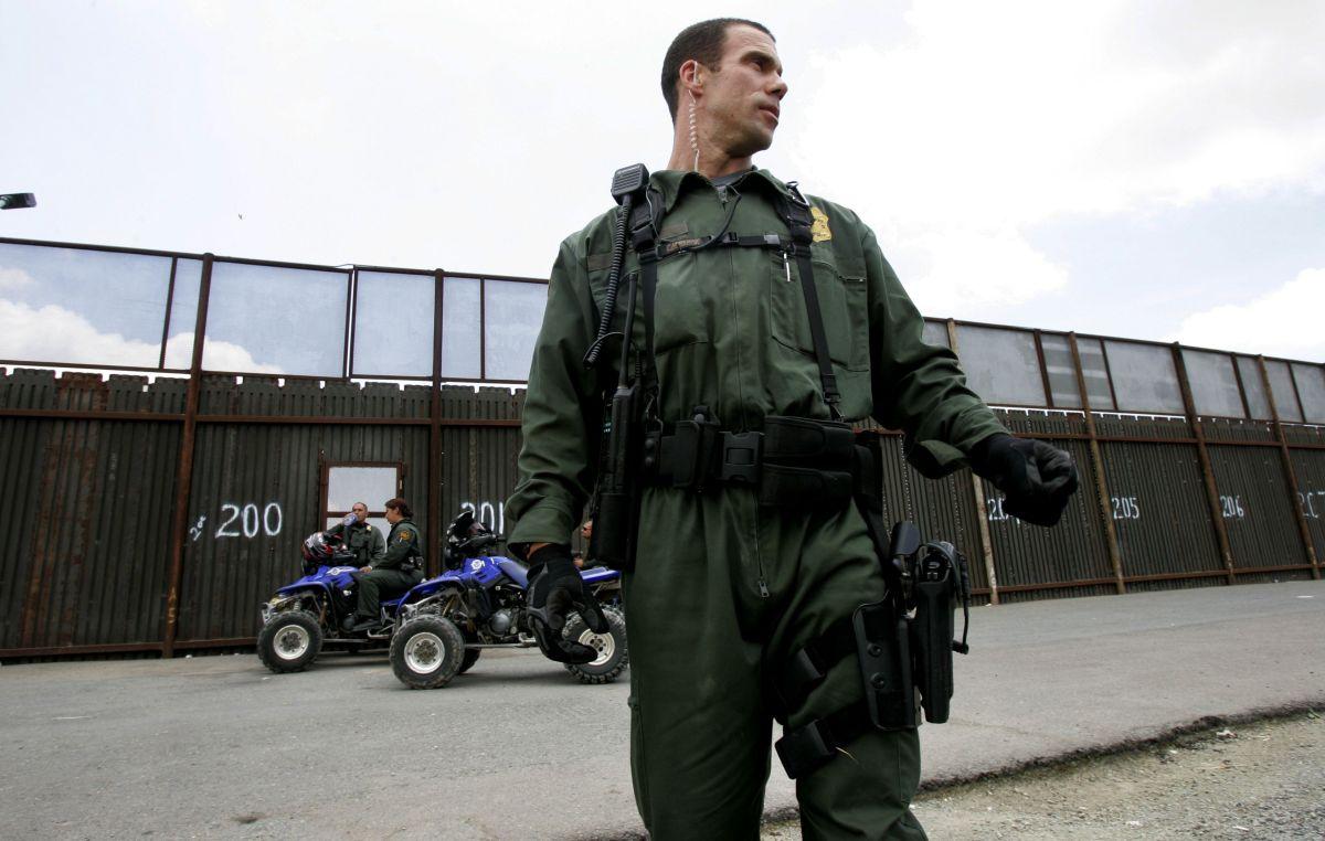 "EEUU detendrá a inmigrantes de ""caravana"" que buscan asilo e impedirá ingreso a otros"