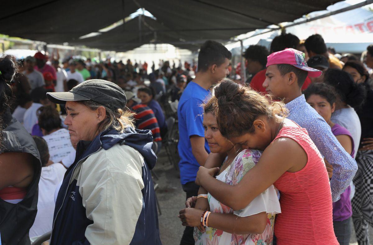 """Amnistía Internacional pide a México y a EEUU atender peticiones de asilo de """"caravana migrante"""""""