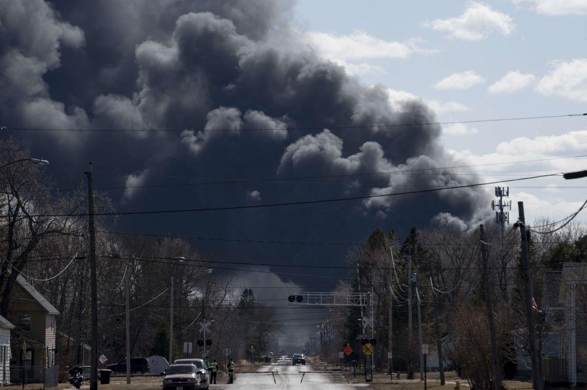 Incendio en refinería de Wisconsin: autoridades aclaran que son al menos 11 heridos
