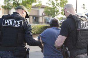 Latinos tienen mayor posibilidad de ser detenidos en Texas : informe