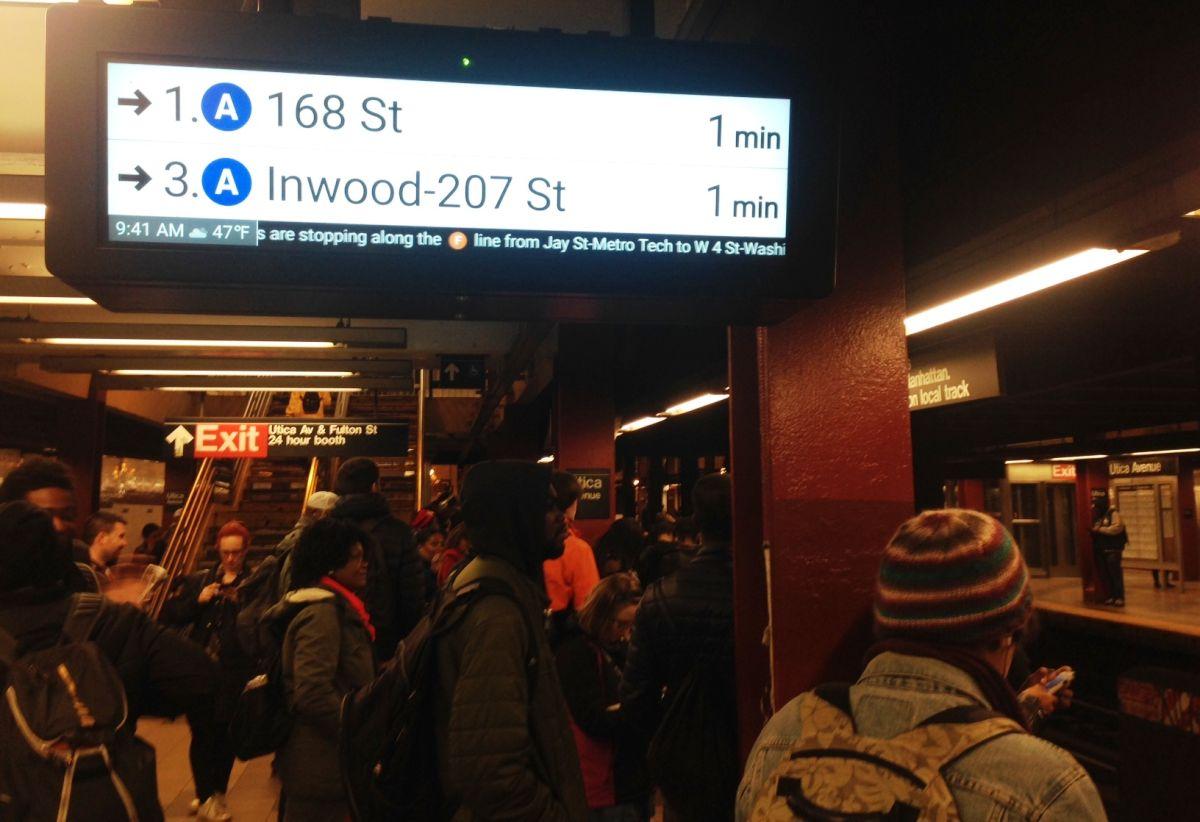 Retraso en el Subway se debió a ataque de pasajero con aerosol pimienta