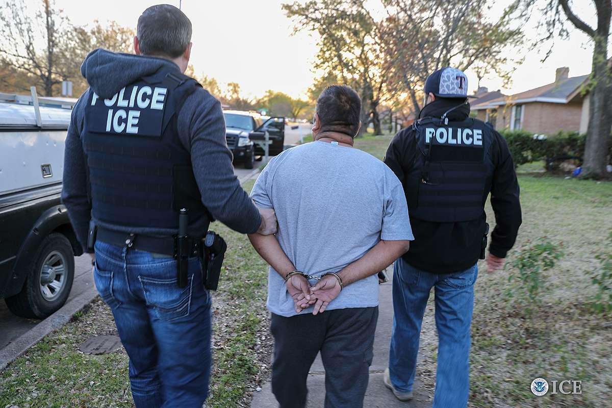 Otro estado que le abre las puertas a ICE para su cacería de indocumentados