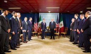 """Mike Pence reconoce que la relación con México """"es tensa"""""""