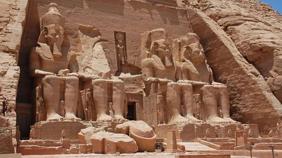 Cómo estos enormes templos egipcios tuvieron que ser movidos y reconstruidos piedra a piedra (fotos)
