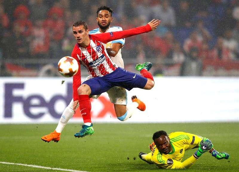 Magia de Antoine Griezmann le da a Atlético de Madrid el título de Europa League