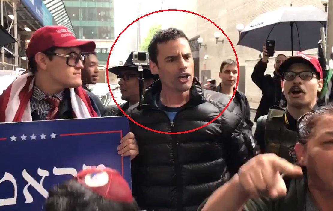 Es seguidor de Trump sujeto que amenazó con llamar a ICE por empleados que hablan español