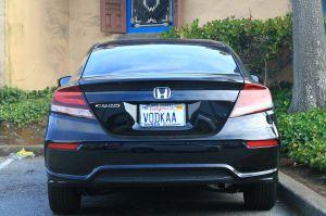 "Estas placas ""inteligentes"" evitarán que roben tu auto"