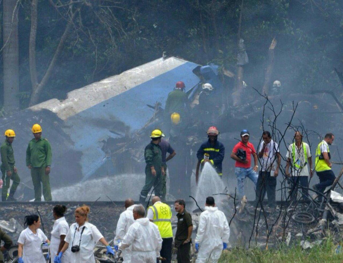 Avión se estrella al despegar en La Habana, sólo tres sobrevivieron