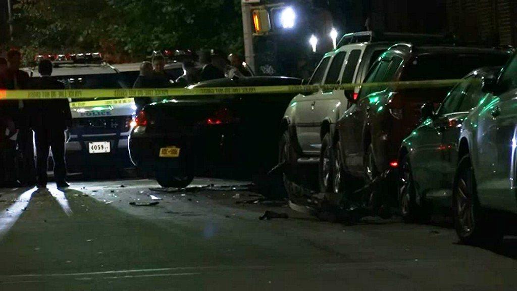 Fiesta termina en persecución policial, disparos y choque de auto en Brooklyn