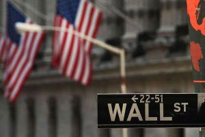 La Bolsa mantiene fuertes caídas