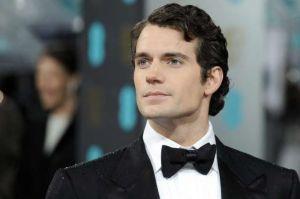 ¿Cambiará Henry Cavill a Superman por James Bond?