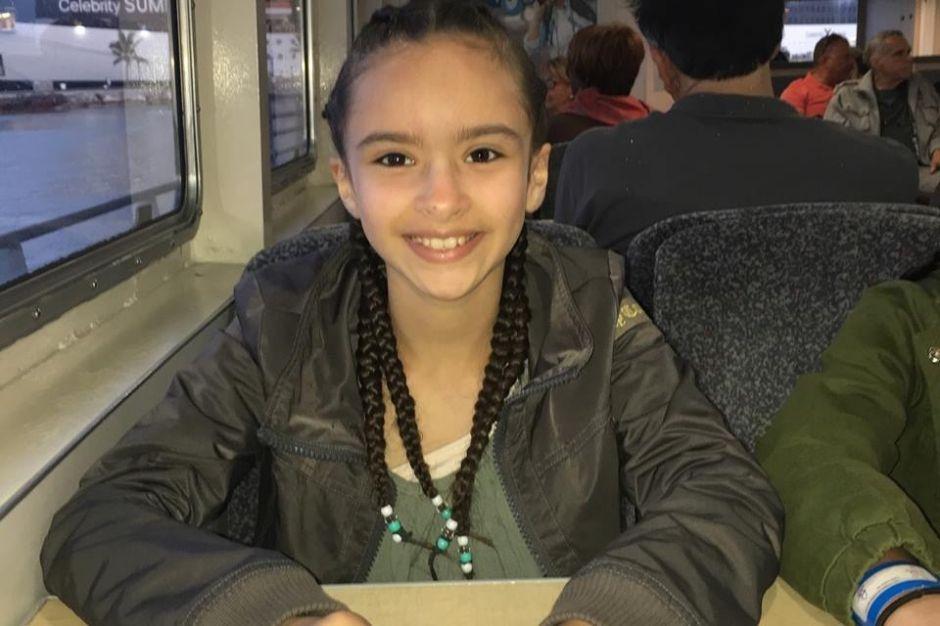 Familia latina demandará por antecedentes de conductor de bus escolar volcado en NJ