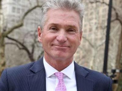 Arrestan por ebriedad y cocaína a ex jefe sindicato bomberos NYC