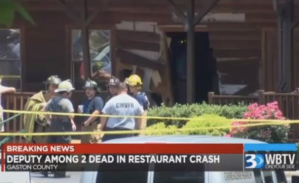 Hombre impacta a propósito su camioneta contra restaurante y mata a dos de sus familiares