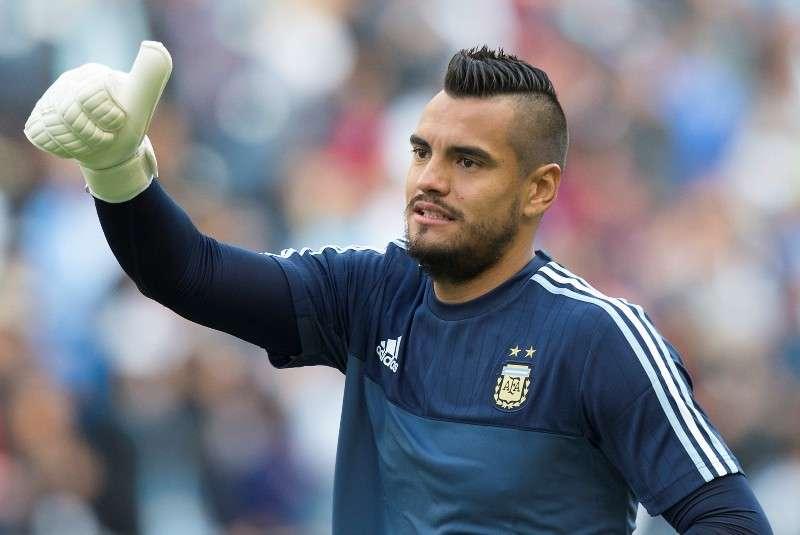 Selección Argentina pierde a Sergio Romero, su portero titular