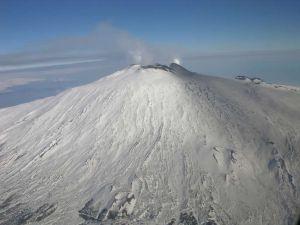 Deseret Tavares predice escalofriantes desastres naturales y una bomba para Estados Unidos