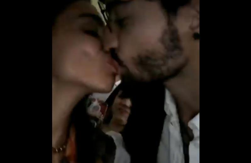 Maluma besa a su tía Yudy Arias en la boca y las redes estallan