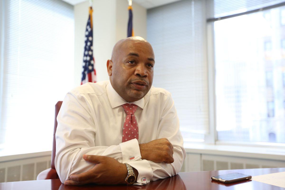 Presidente de la Asamblea advierte que sin Senado demócrata se limitarán protecciones a inmigrantes