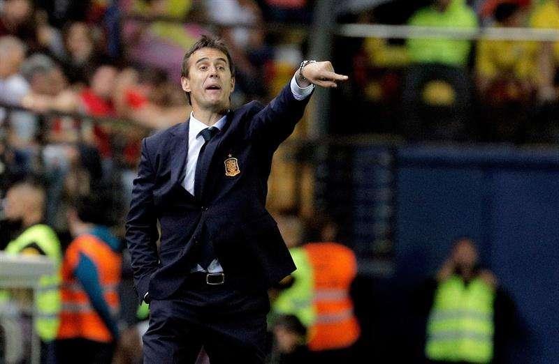España sustituye al técnico Lopetegui por Fernando Hierro un día antes de que empiece el Mundial