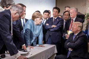 La foto que retrata la tensión histórica en el G7